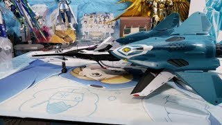 DX Chogokin - Movie VF-31F Зігфрід (ніж Ihlefeld / Hayate Immelman Custom)