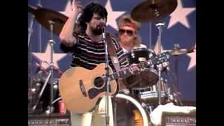 Alabama - Roll On (Eighteen Wheeler) (Live at Farm Aid 1986)