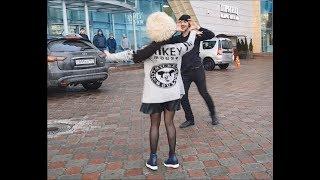 Девушка и Парень Очень Красиво Танцуют В Москве 2018 ALISHKA AIDA Чеченская Песня Макка Межиева