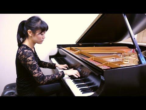 Tiffany Poon - Schumann Papillons, Op.2