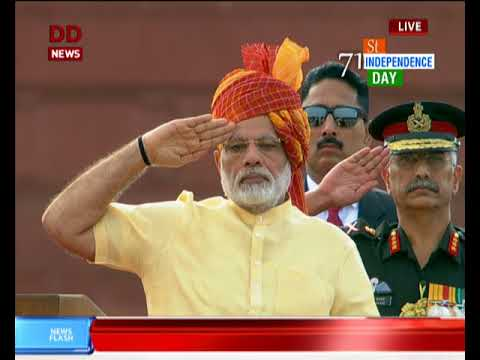 Independence Day 2017: PM Modi hoists tri-color at Red Fort