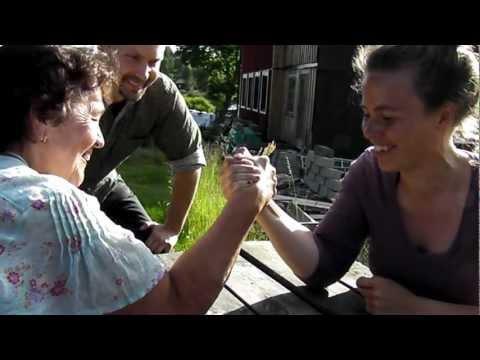 Armbrytning somm 2012, Vera och Frida.MP4