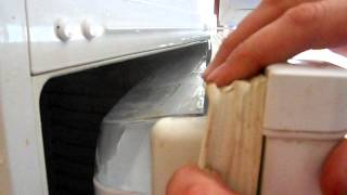видео Почему не закрывается дверь холодильника
