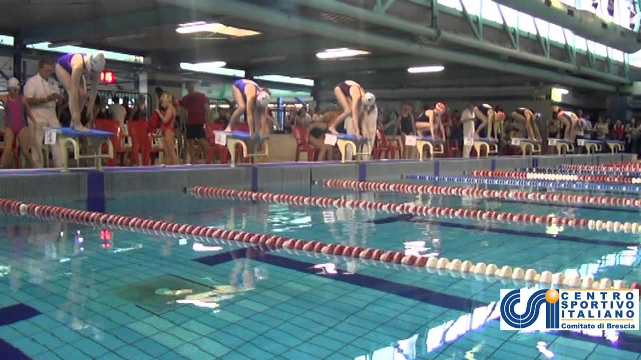 La prima giornata del campionato di nuoto csi si svolge a - Piscina lamarmora ...