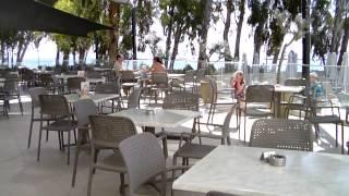Harmony Bay Hotel Limassol, видео обзор недорогого отеля с собственным пляжем, отдых на Кипре 2015(Harmony Bay Hotel Limassol, видео обзор отеля на Кипре с собственным пляжем во время отдыха на солнечном острове Кипр..., 2015-05-03T16:50:30.000Z)
