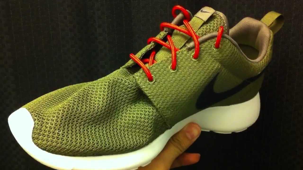 Nike Roshe Run - Iguana - Red Laces