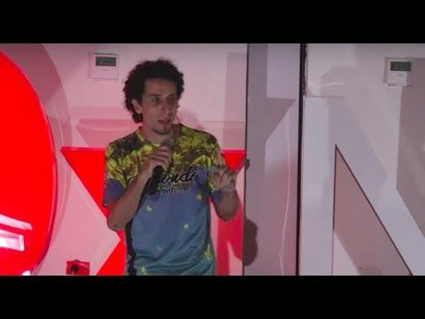 La necesidad de escaparnos | Carlos Romero | TEDxNEIVA