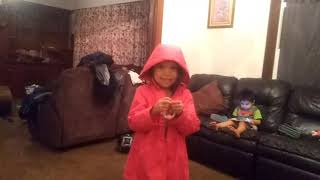 Sister is shh si my little brother is samrt And playa roblox