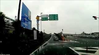 自動車専用道路(宇部 小野田湾岸道路)入口でスピンして事故るmini