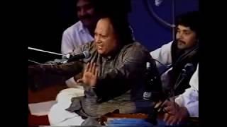 Live Performance Mere Rashke Qamar Nusrat Fateh Ali Khan