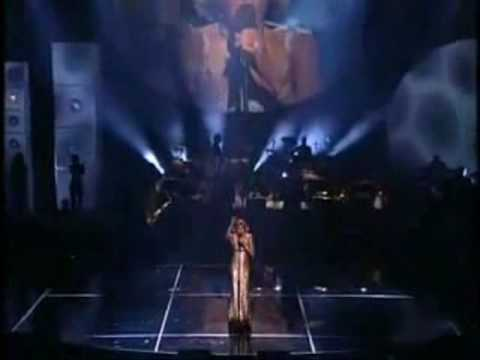 Celine Dion-My Heart Will Go On Vs. Whitney Houston-I Will Always Love You (100% LIVE)