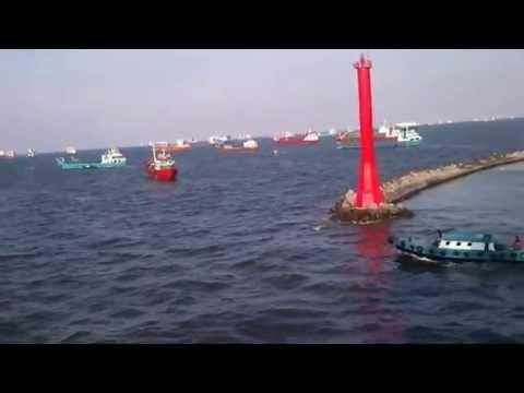 Enter Port Of Tanjung Priok 1