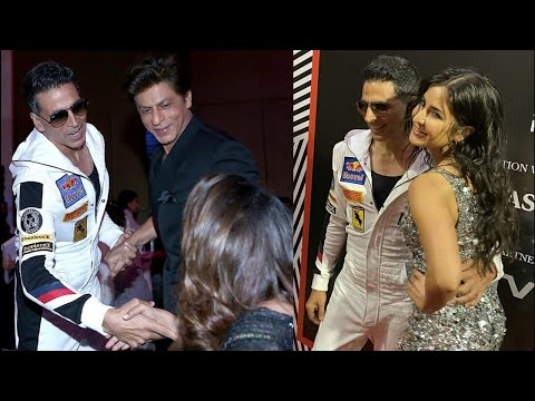 Shahrukh Khan With Wife Gauri Khan,Akshay Kumar And Katrina Kaif At Vogue X Nykaa Fashion Awards