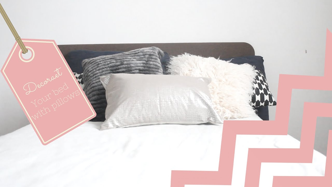 Decorate your bed with pillows/Planner 5D