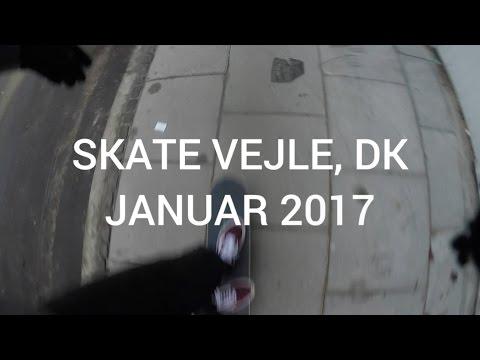 BOARDSLIDING A BENCH - VEJLE STREET SKATE 2017