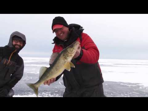 Dakota angler 2 minute fishing report 1 4 17 doovi for Dakota angler fishing reports