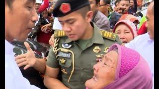 Nenek Nekat Tembus Paspampres untuk Peluk Presiden Jokowi