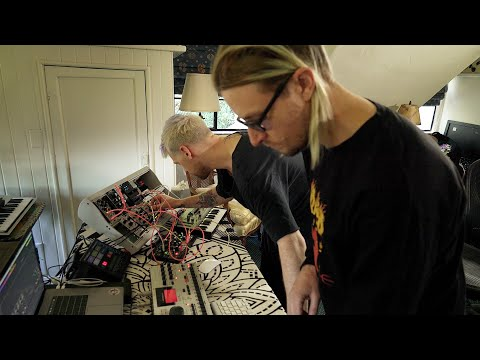 Tech Talk: How Dance Spirit Channel Positive Energy In The Studio – Telekom Electronic Beats