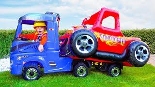 Катя и её большая машина
