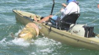 Shocking Fishing Goliath Grouper Kayak? Real Or Fake? Inshore Fishing By Hand Fort Myers Florida