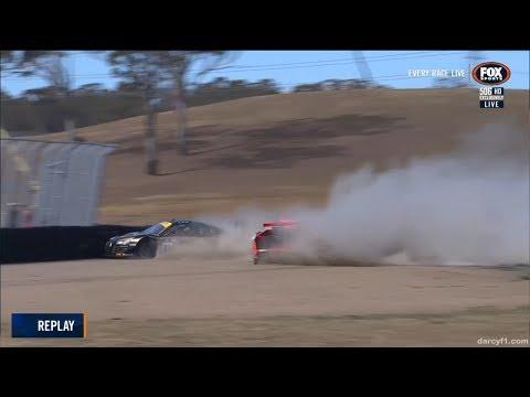 Australian GT Championship 2018. Race 2 Sydney Motorsport Park. Crash