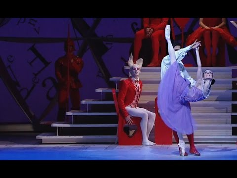 Alice's Adventures in Wonderland - Knave of Hearts Pas de deux (The Royal Ballet)