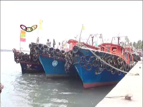 കേരള തീരത്ത് ജാഗ്രതാനിര്ദ്ദേശം   Alert notice in coastal area