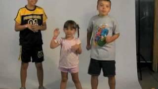 Kids Chicken Dance