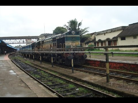 Coimbatore~Cannanore passenger arrives Vallikunnu