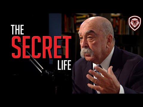 Secret Life of An Undercover FBI Agent