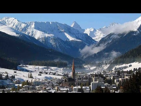 Davos attracts tourists, sport enthusiasts and world leaders