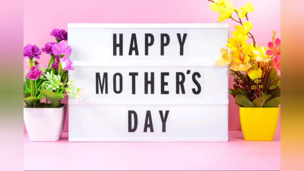 Hands Holding a Heart Mothers day Card | Fun projects for