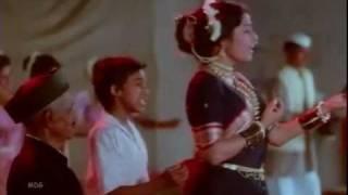 lal phaithani rang Ek Hota Vidushak [1992] - Xvid --cut-01.avi