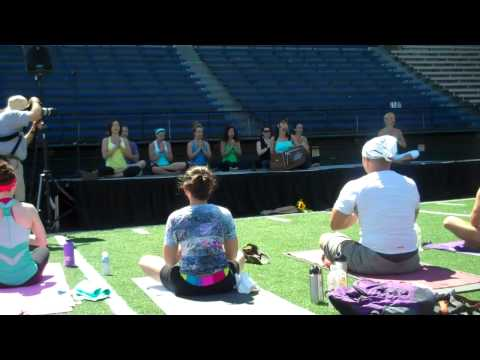 Yoga for Hope July 2010 Seattle - The Final Om