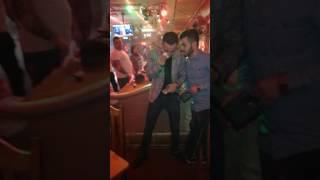Iulian Puiu canta pentru Lupascu si Benone din Belgia