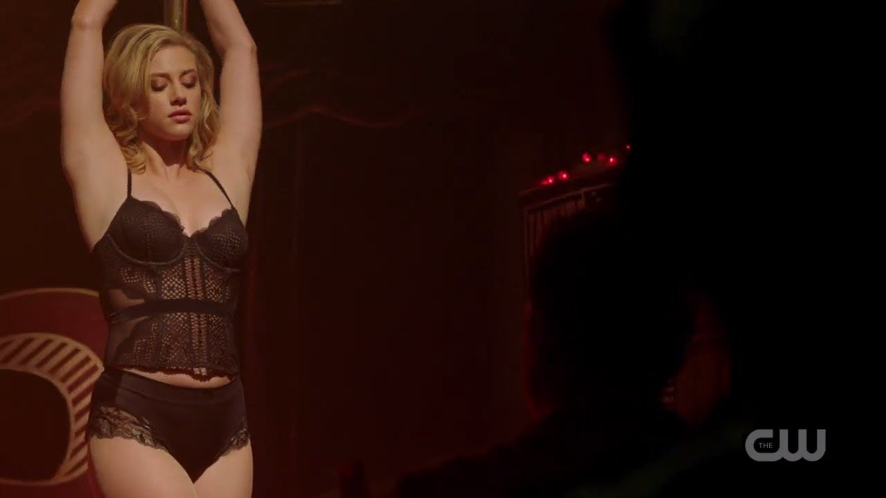 Riverdale 2x8 Betty Cooper Dance Youtube