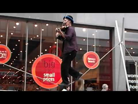 Amazing Tightrope musician