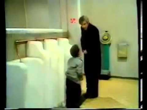 Funny midget footballиз YouTube · Длительность: 15 с