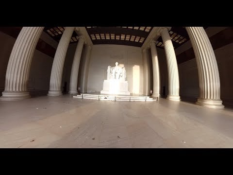 360 Video: Underneath the Lincoln Memorial