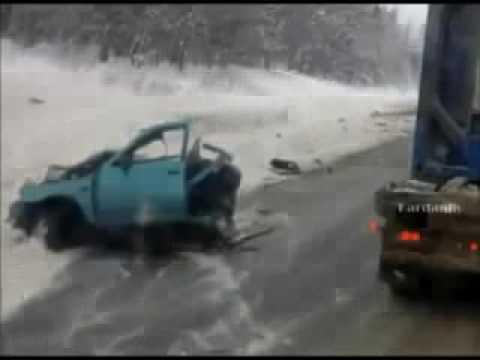 Лобовая авария на трассе Пермь Екатеринбург