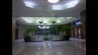 Louis Armstrong- What a wonderful world (playing in a empty mall)