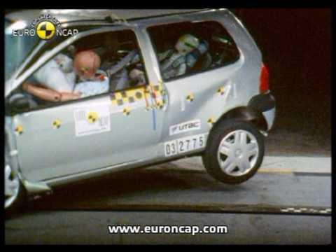 euro ncap renault twingo 2003 crash test youtube. Black Bedroom Furniture Sets. Home Design Ideas