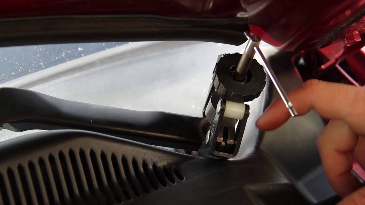 Rear Windshield Wiper >> Windshield Wiper Arm Removal How To 2007 Mustang - YouTube