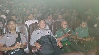 Video TNI-Polri Banyumas Nobar Merah Putih Memanggil download MP3, 3GP, MP4, WEBM, AVI, FLV Maret 2018