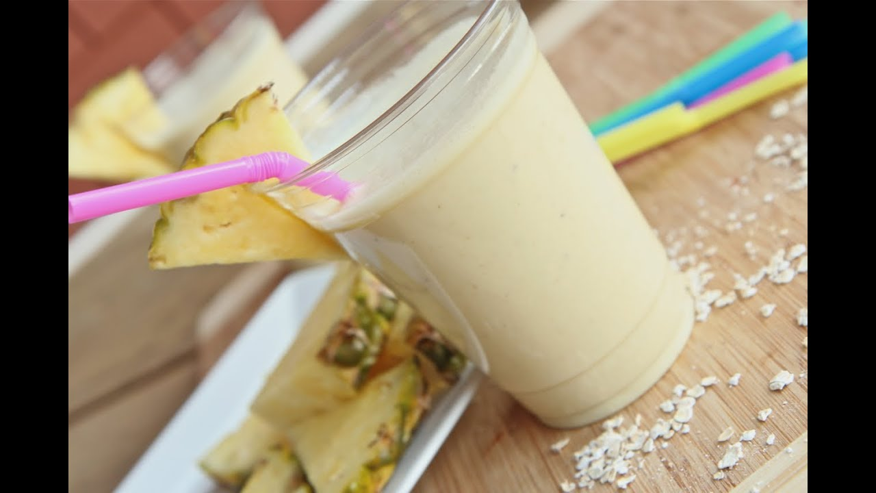 Healthy Pina Colada Breakfast Smoothie - YouTube