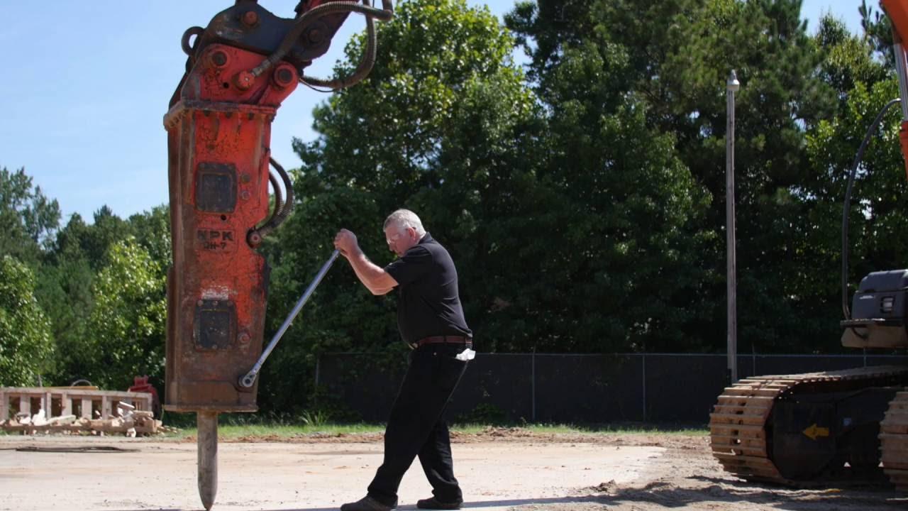 npk hydraulic hammer service instructional routine inspection youtube rh youtube com G110 Rammer G110 Rammer