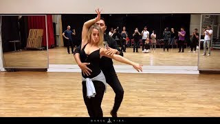 Bachata Sensual workshop at Dance Vida Fabian and Livia