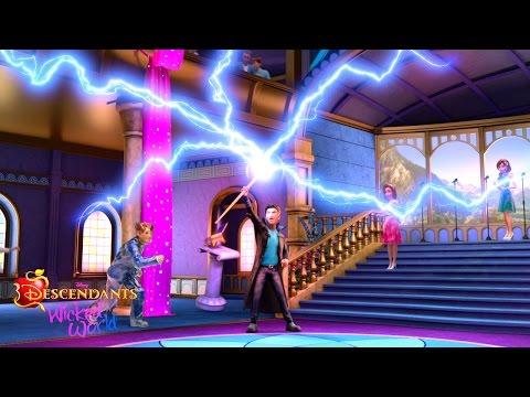 Episode 28: Party Crasher | Descendants: Wicked World