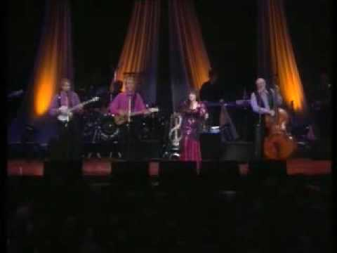The Seekers 25 Year Reunion - The Seekers Medley. (1 of 2)