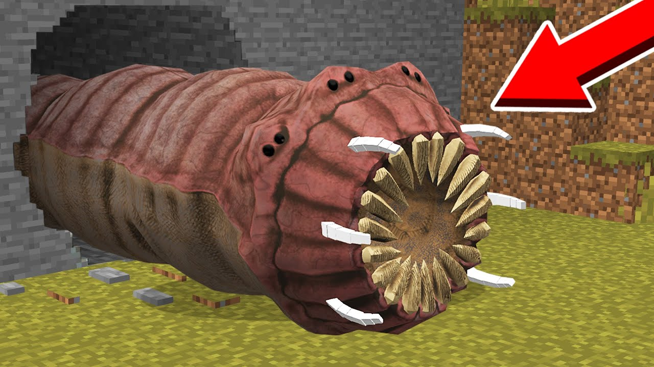 WORM.EXE CRAWLED OUT of the TUNNEL! in Minecraft Noob vs Pro